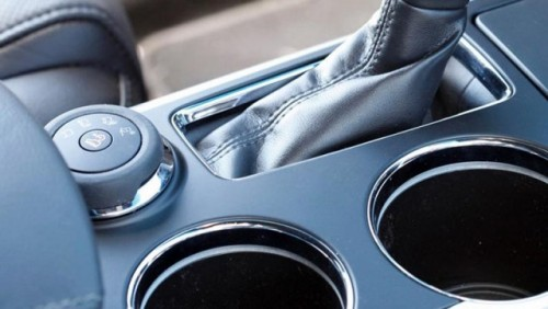 Imagini teaser cu noul Ford Explorer26086