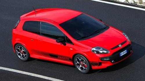 Abarth a tunat modelul Fiat Punto Evo26001