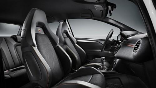 Abarth a tunat modelul Fiat Punto Evo26005