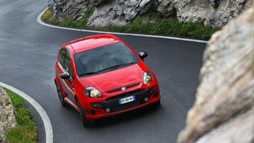 Abarth a tunat modelul Fiat Punto Evo26009