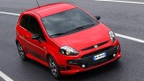Abarth a tunat modelul Fiat Punto Evo26015