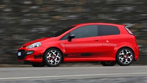 Abarth a tunat modelul Fiat Punto Evo26020