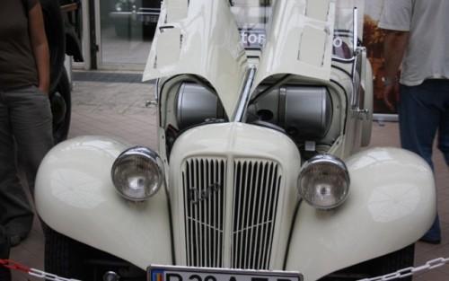 Galerie Foto: Bucharest Classic Car Show (1)25884