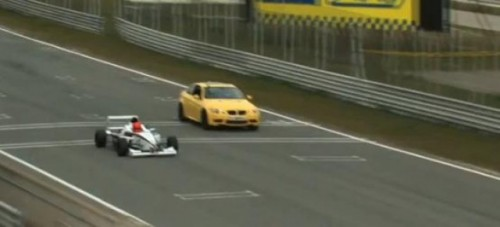 VIDEO: Formula BMW vs. BMW M325785