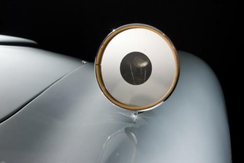 Originalul Aston Martin DB5 din James Bond, scos la licitatie25638