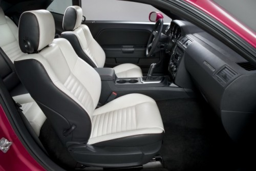 Dodge Challenger implineste 40 de ani25546