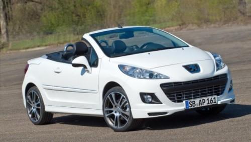 Iata noua editie limitata Peugeot 207CC Black & White25412