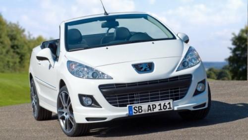 Iata noua editie limitata Peugeot 207CC Black & White25416
