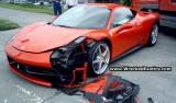 Primul accident cu Ferrari 458 Italia25292