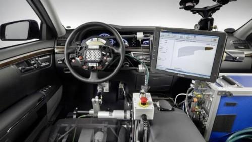 Mercedes dezvolta tehnologia care piloteaza autonom masina25084