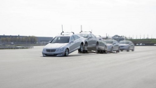 Mercedes dezvolta tehnologia care piloteaza autonom masina25088