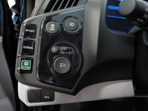 Honda CR-Z hibrid a fost prezentat in Romania25060