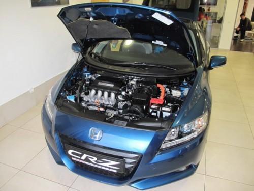 Honda CR-Z hibrid a fost prezentat in Romania25075