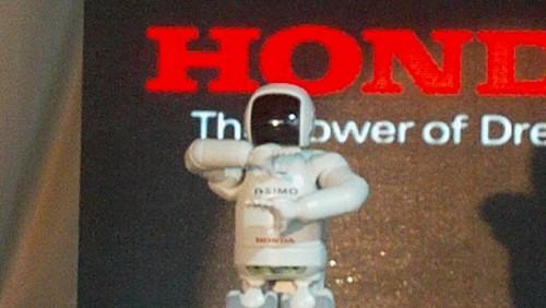 Galerie Foto: Honda prezinta robotul Asimo in Romania24987