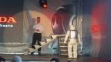 Galerie Foto: Honda prezinta robotul Asimo in Romania24981