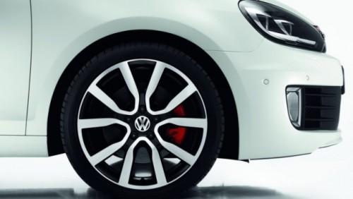 Iata noul Volkswagen Golf GTI Adidas!24944