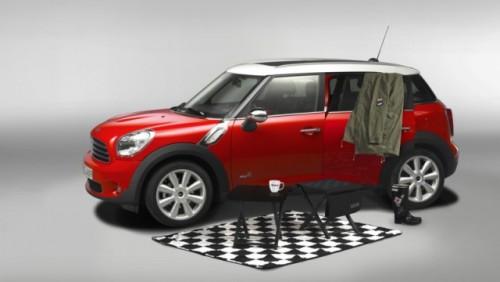 Mini ofera un pachet de camping pentru Countryman24701