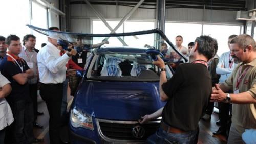 Reportaj: Cum trebuie montate parbrizele in service24666