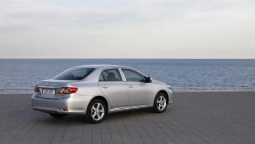 Iata noul Toyota Corolla facelift!24386