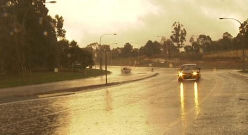 Condusul pe drumuri umede24281
