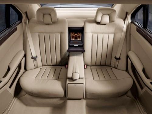 OFICIAL: Mercedes E-Klasse Limousine24271