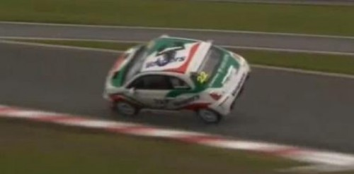 VIDEO: Fiat 500 Abarth pe 2 roti24231