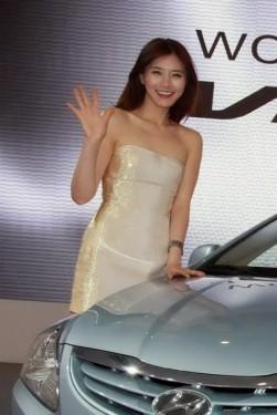 Galerie Foto: Frumusetile Chinei la Salonul Auto de la Beijing24178