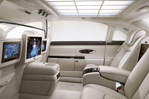 Maybach prezinta versiunile facelift ale modelelor 57 si 6223936