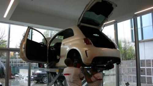 Galerie Foto: Instalarea kit-ului Abarth pe un Fiat 500 Esseesse23679