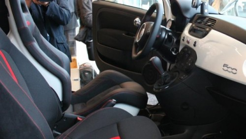 Galerie Foto: Instalarea kit-ului Abarth pe un Fiat 500 Esseesse23689
