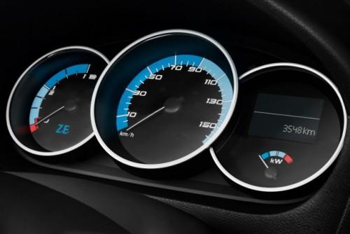 Renault a prezentat versiunea de productie a lui Fluence electric23530