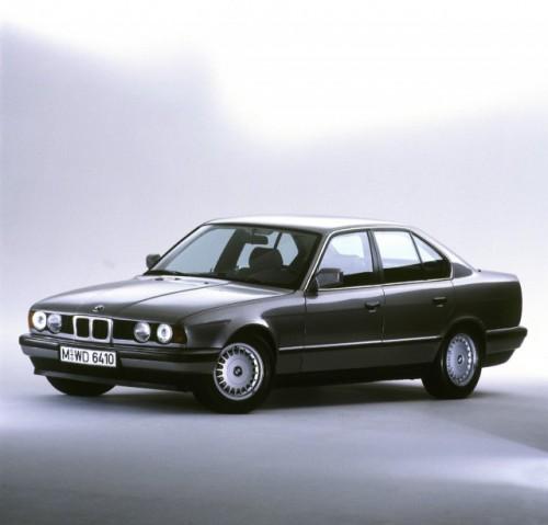 BMW prezinta in imagini istoria lui Seria 523490