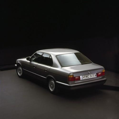 BMW prezinta in imagini istoria lui Seria 523492