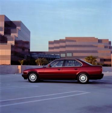 BMW prezinta in imagini istoria lui Seria 523494