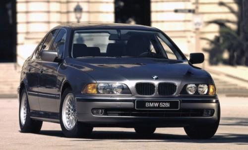 BMW prezinta in imagini istoria lui Seria 523497