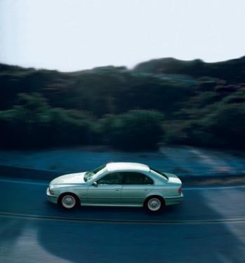 BMW prezinta in imagini istoria lui Seria 523500