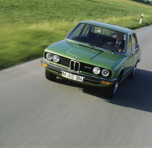 BMW prezinta in imagini istoria lui Seria 523502