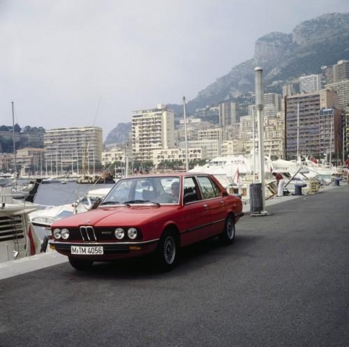 BMW prezinta in imagini istoria lui Seria 523507