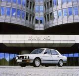 BMW prezinta in imagini istoria lui Seria 523515