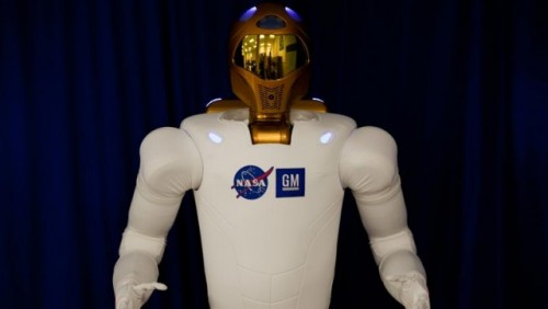 NASA si GM au creat un robot umanoid pentru misiunile spatiale23453