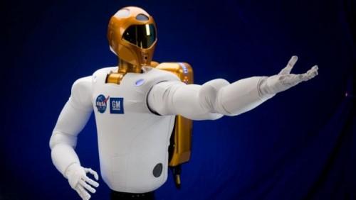 NASA si GM au creat un robot umanoid pentru misiunile spatiale23455