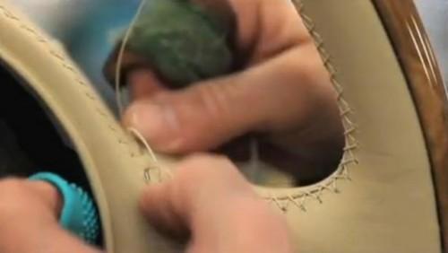 VIDEO: Bentley prezinta cum este realizat interiorul noului Bentley Mulsanne23399