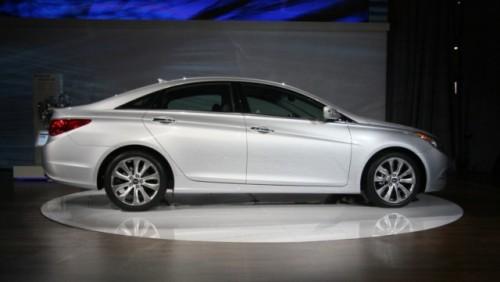 Noul Hyundai Sonata Turbo 2.0 a fost lansat la New York23125