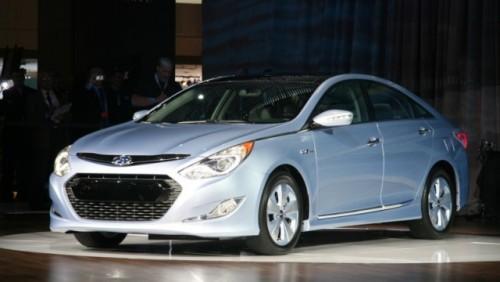Noul Hyundai Sonata hibrid a fost prezentat la New York23099