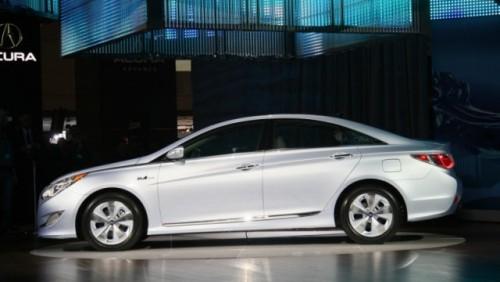 Noul Hyundai Sonata hibrid a fost prezentat la New York23102