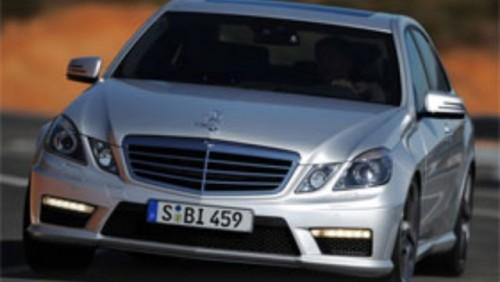 ZVON: Mercedes pregateste un E65 AMG de 600 CP22960