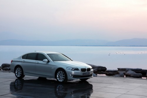 OFICIAL: BMW Seria 5 cu ampatament marit22977