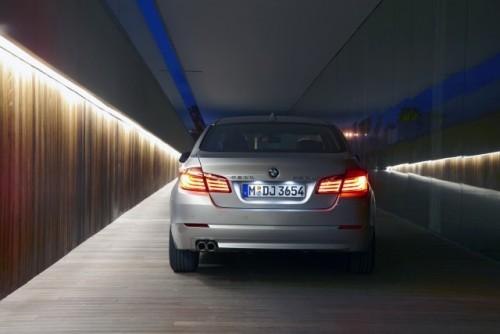 OFICIAL: BMW Seria 5 cu ampatament marit23008