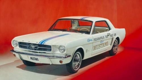 A murit omul care a desenat primul Mustang22917
