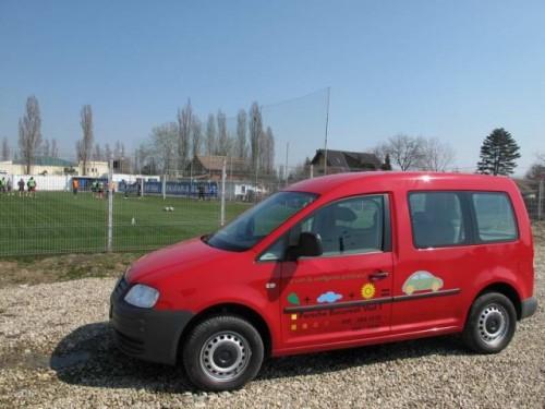Un Caddy pentru echipa22880